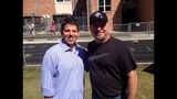Country star Garth Brooks gives back to kids _6286979