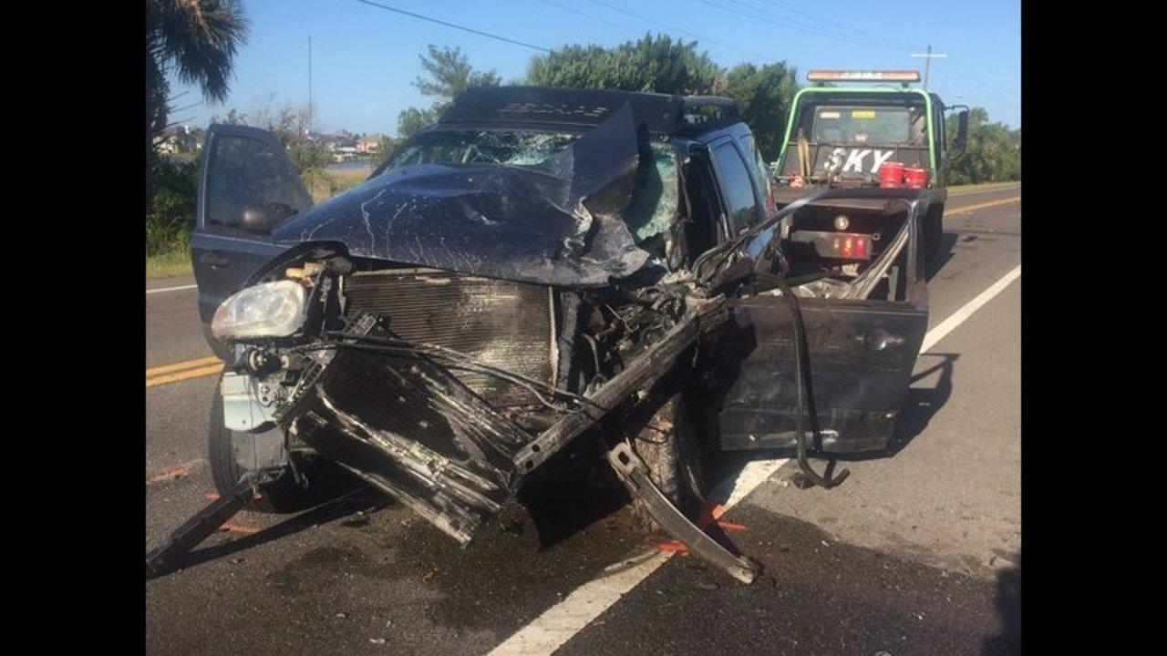 Jacksonville man killed in a head-on crash on Heckscher