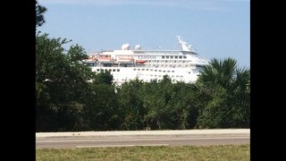 Carnival cruise ship Elation ports in Jacksonville after power outage