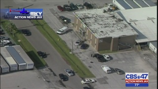 Search continues for suspect who shot man outside work in Jacksonville