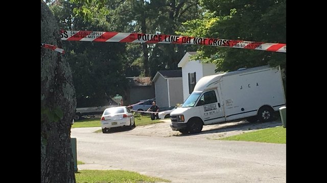 A Man And Woman Were Found Dead In Mobile Home The Portside Park 13000 Block Of Ascot Court Near Beach Hodges Boulevards