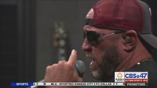 Former Phillies pitcher Brett Myers pursues music career