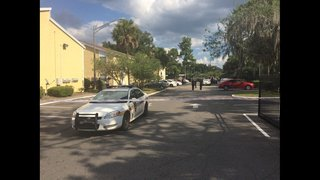 Jacksonville police: Man, woman found in Westside apartment likely dead…