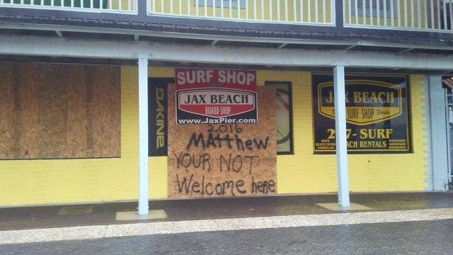 The Best Photos From Hurricane Matthew In Jacksonville