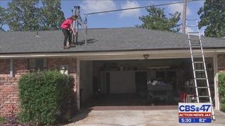 Insurance adjusters assess Hurricane Matthew damage in Jacksonville