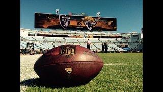Raiders beat Jaguars 33-16 at EverBank Field