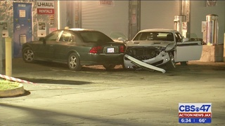 Woman shot by carjacker at Jacksonville strip club after ramming husband