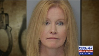 Report: Jacksonville woman claimed to be doctor, bought award at trophy shop