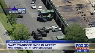 Man arrested in SWAT Standoff at Jacksonville hotel