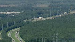 Raw chopper video: Truck crash closes I-10