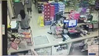 Raw video: Man robs store in St. Augustine