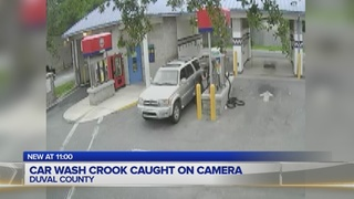 Car wash crook caught on camera