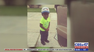 Jacksonville toddler dies after mom accidentally hit him with car