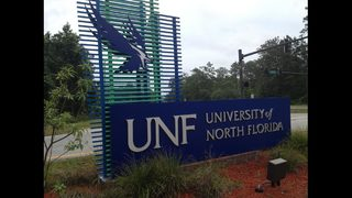 UNF police search for Jacksonville man exposing himself to students