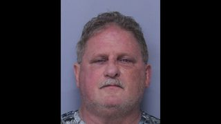 """SJSO: Man threatens group with knife, stun gun, yelling, """"Get out of my country!"""""""