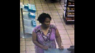 Deputies looking for persons of interest in credit card fraud in St. Johns County
