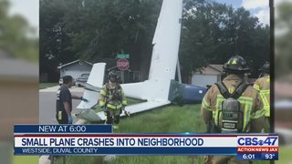 Small plane crashes into Jacksonville neighborhood