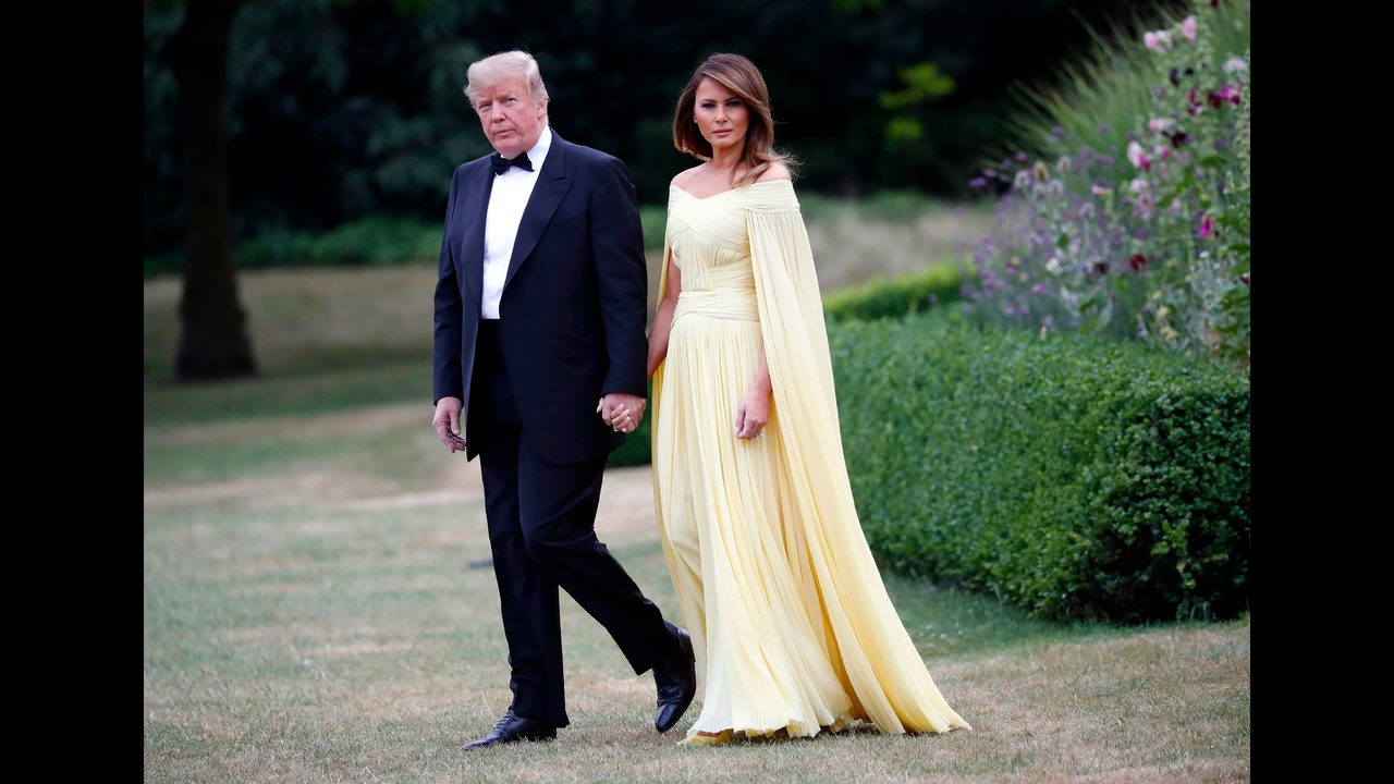 Melania Trump Stuns In Sweeping Grecian Goddess Gown For Dinner At