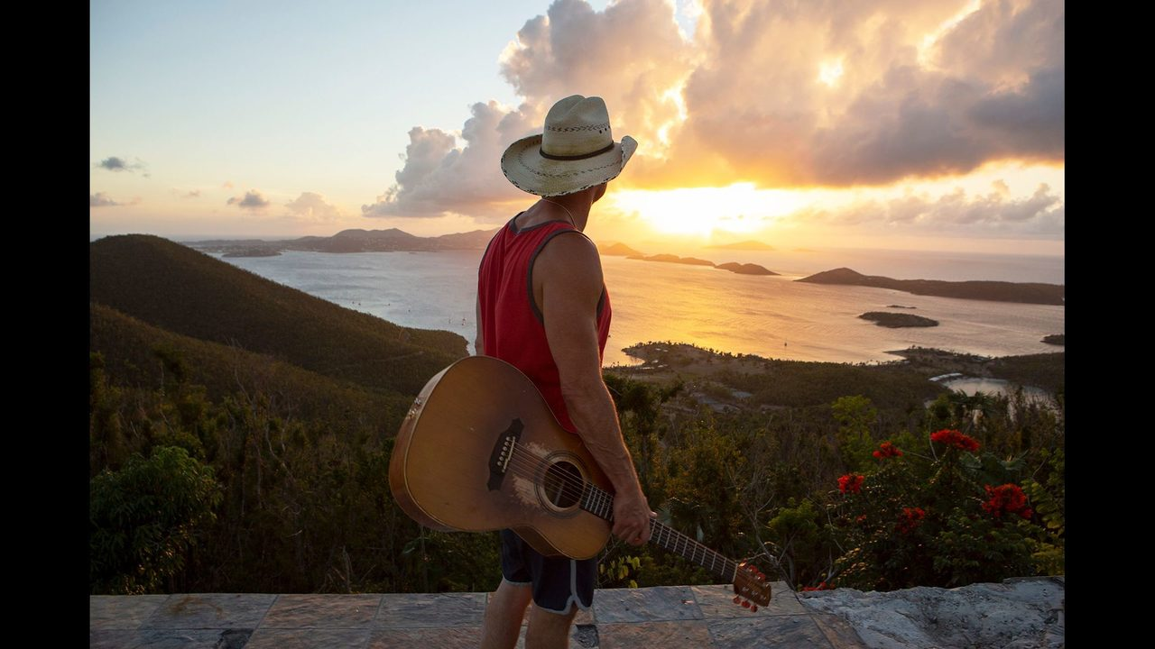 8a229f18f5b41 Kenny Chesney didn apos t know if his friends would live  amid hurricane  uncertainty