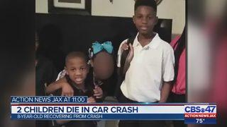 2 children die in car crash
