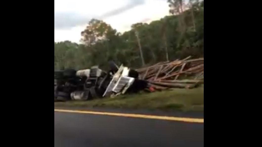 Fatal crash involving log truck near Shave Bridge in Nassau