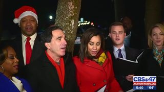 Holiday cheer: Action News Jax team goes carolling in a local neighborhood