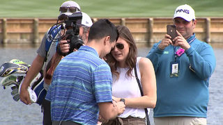 Couple gets engaged on the 17th hole at TPC Sawgrass during THE PLAYERS Championship