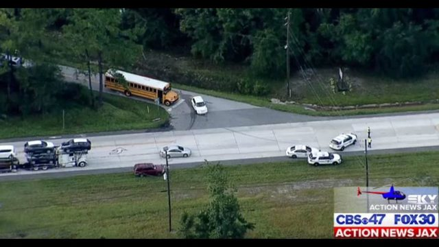 Lanes reopen on Normandy Blvd  after serious crash | WJAX-TV